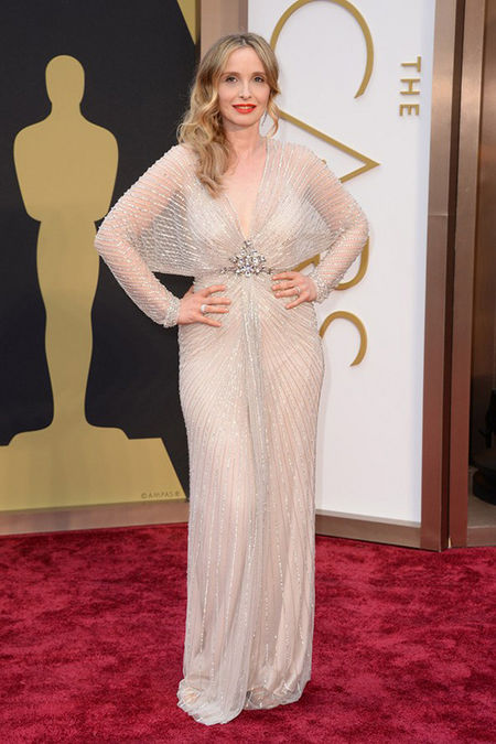 julie_delpy_oscars_jenny_packham_nude_dress_19h7jss-19h7ju4
