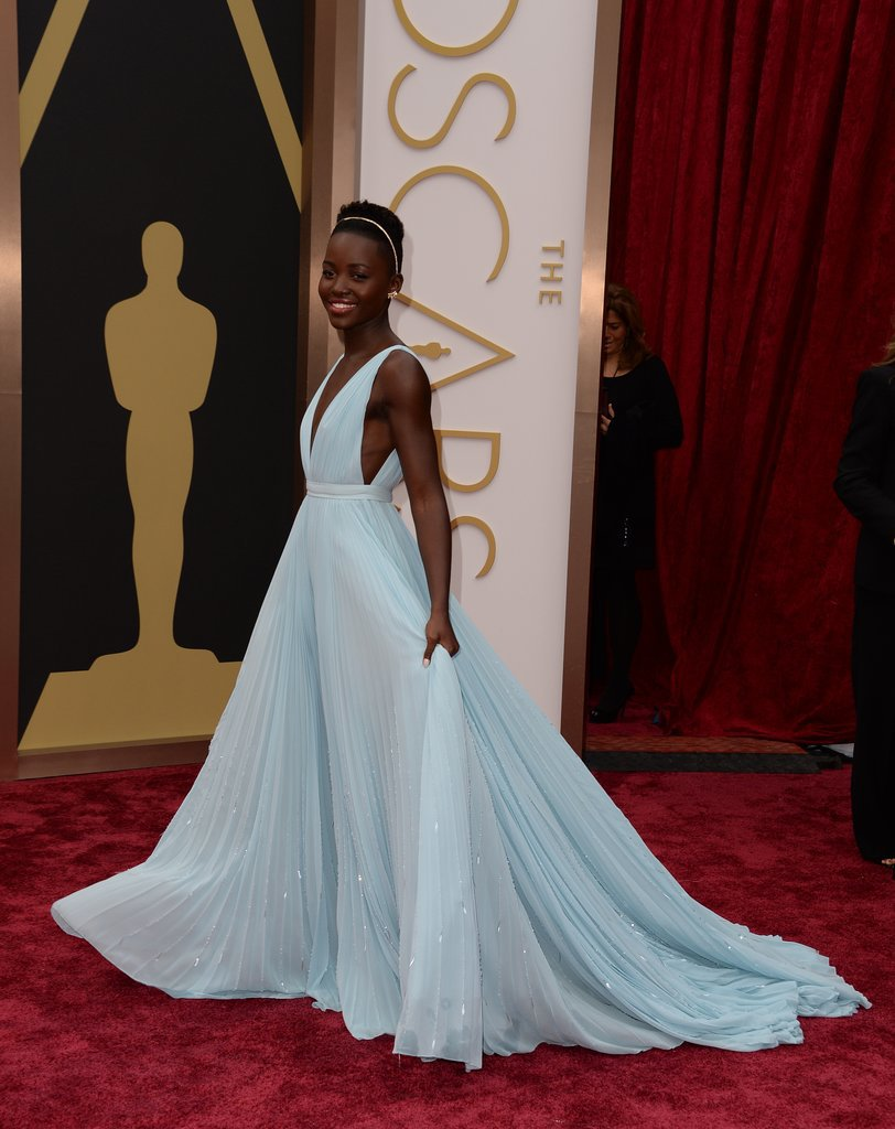 Lupita-Nyongo-Light-Blue-Prada-Dress-Oscars-2014a