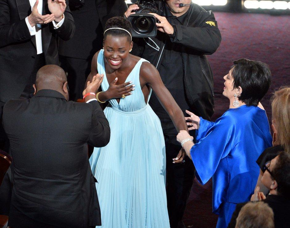 Lupita-Nyongo-Oscars-2014a